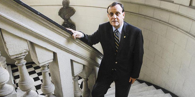 Ignacio Sánchez es nombrado rector UC para periodo 2020-2025